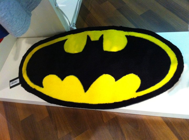 Wonderful Chocoolate X BATMAN RUG, Available Now !