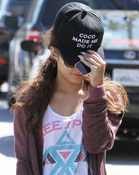 vanessa-hudgens-and-coco-made-me-do-it-snapback-gallery